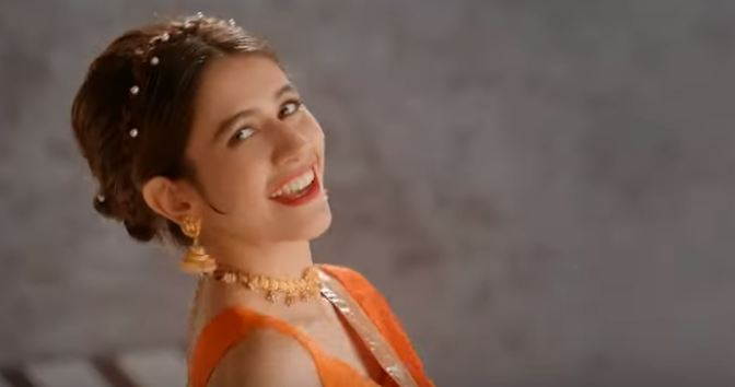 Syra Shehroz in Pakistani movie Superstar 2019
