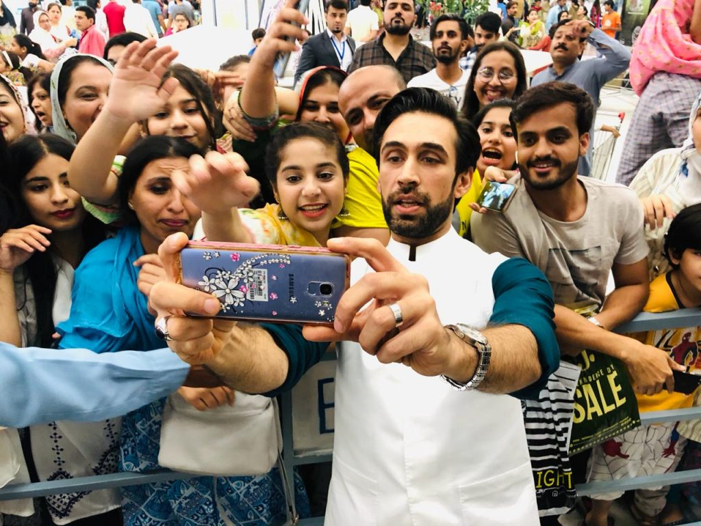 Heer Maan Ja Promotion 35 Ali Rehman at Emporium Mall