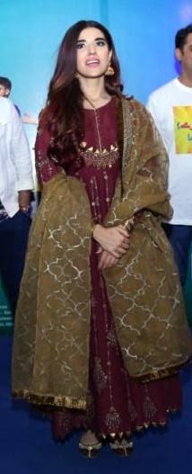 Hareem Farooq Wardrobe By Pakistani Designers | wearing Maria B 30 Hareem Farooq wearing Maria B