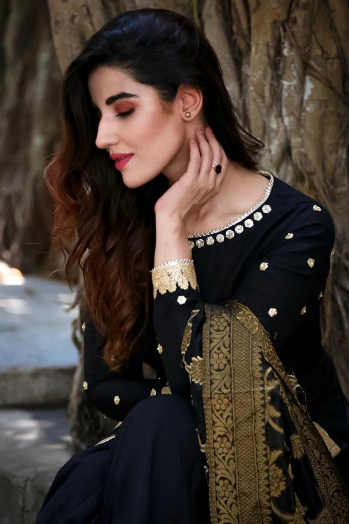 Hareem Farooq Wardrobe By Pakistani Designers | wearing Maria B 11 Hareem Zainab Chottani outfit