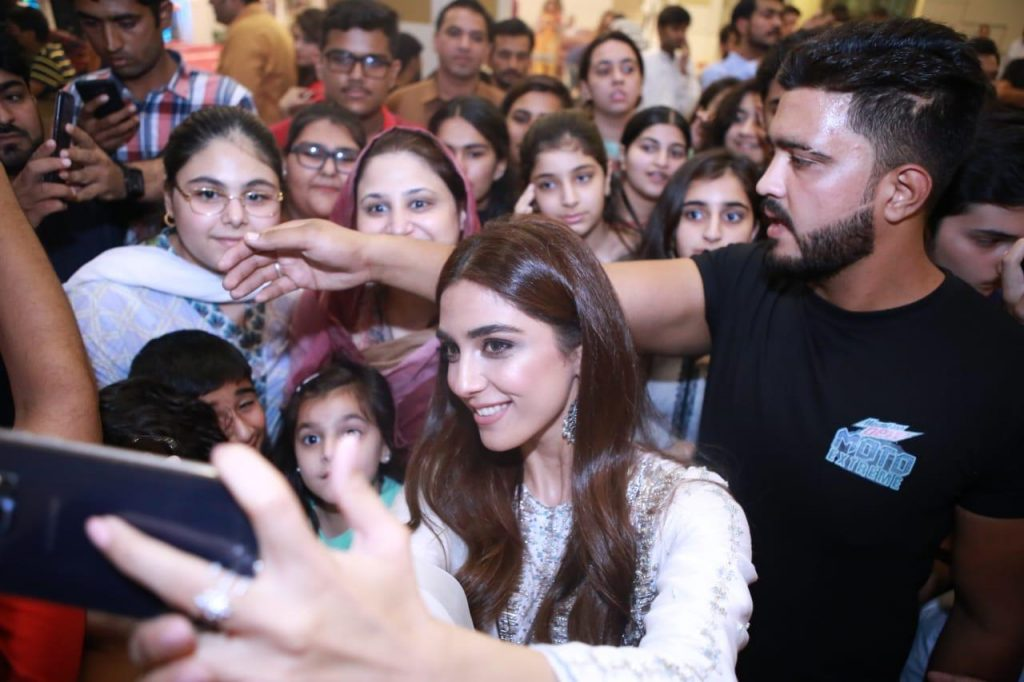 Maya Ali Parey Hut Love promotion in Islamabad