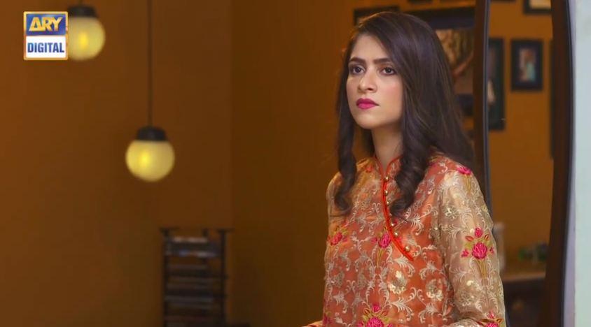 Arij Fatyma as Zareen in Hasad