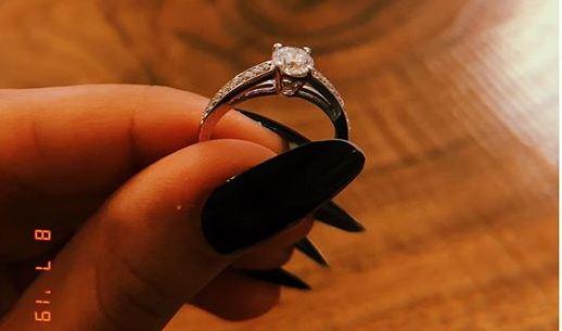 Iqra Aziz engagement ring
