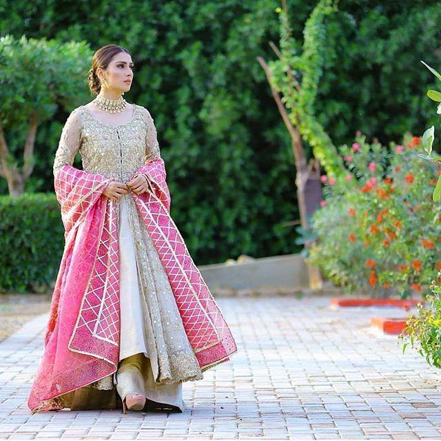 Ayeza Khan maxi in Mere Paas Tum Ho