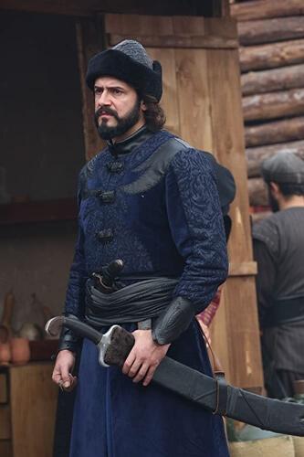 Ertugrul Ghazi Cast Season 1 to 5 | Real life names of Ertugrul Cast and crew 100 Cem Uçan as Aliyar 3