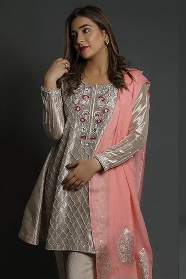 Amazing Mahum Asad Clothing Formal Collection 2020 14 Floral Tissue Worked Pishwas 2 min