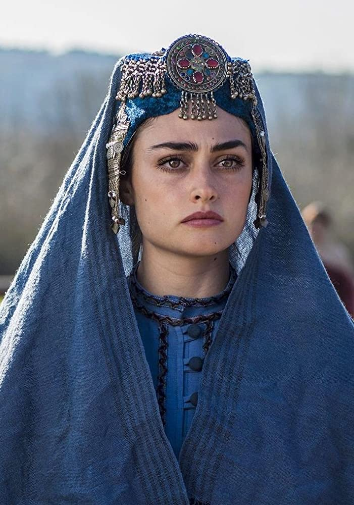 Pictures of Esra bilgic aka Halime Sultan go viral as Ertugrul Ghazi airs on PTV 2 Halime Hatun 10 2
