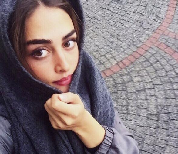 Halime Actress Esra Bilgic