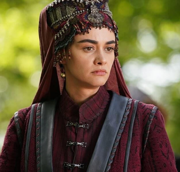 Ertugrul Ghazi Cast Season 1 to 5 | Real life names of Ertugrul Cast and crew 106 Hande Soral as Ilbilge Hatun 4
