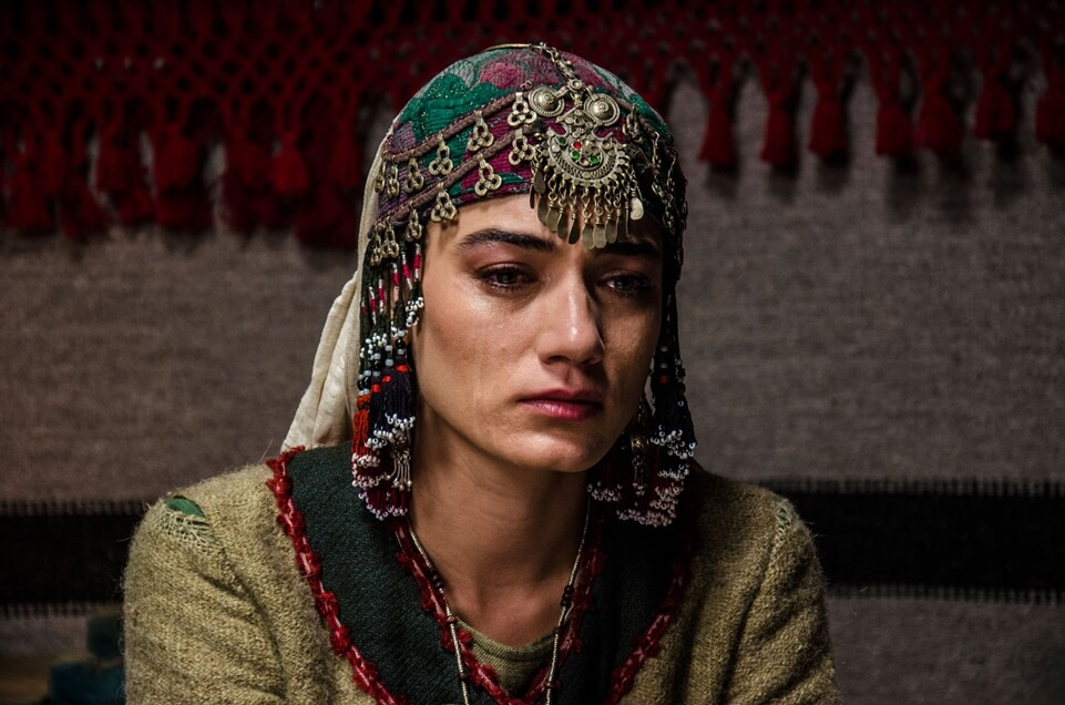 Ertugrul Ghazi Cast Season 1 to 5 | Real life names of Ertugrul Cast and crew 112 Hande Subasi as Aykiz 3