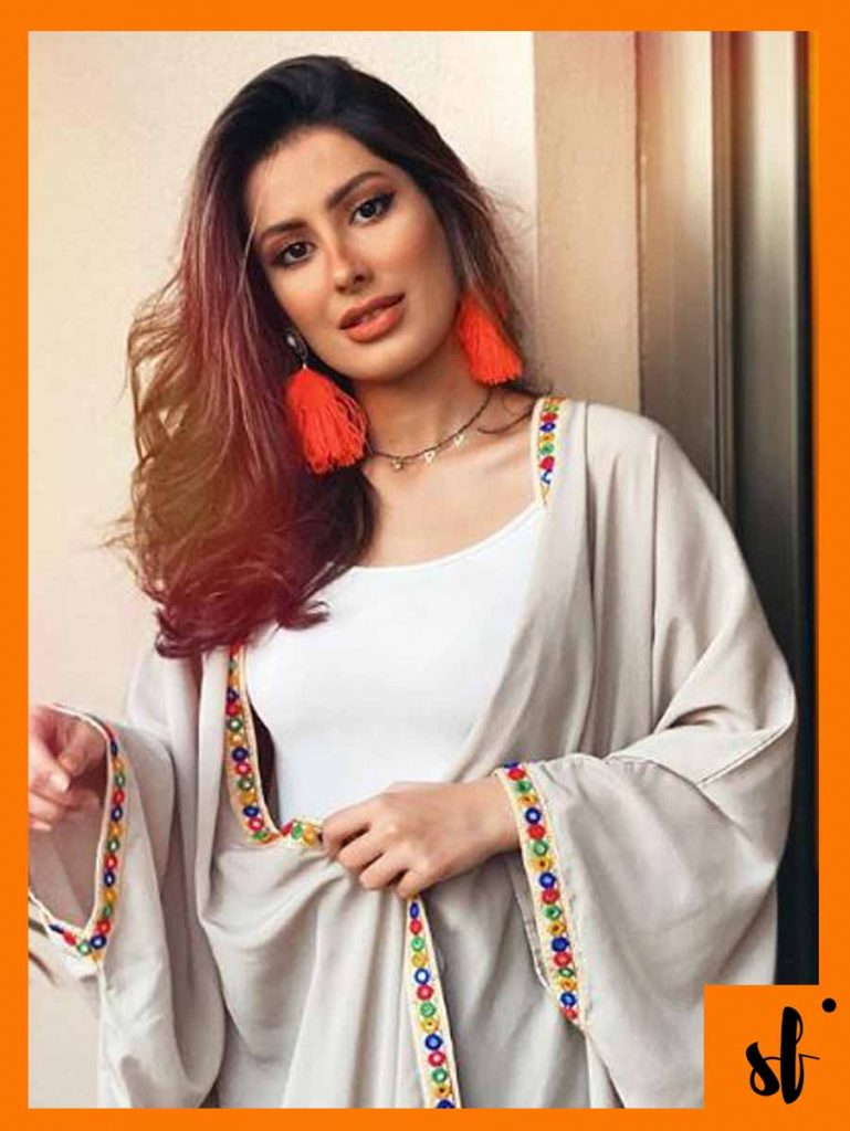 Instagram Blogger Roza is the New Mehwish Hayat Doppelganger 12 LADY ROZA.. 1
