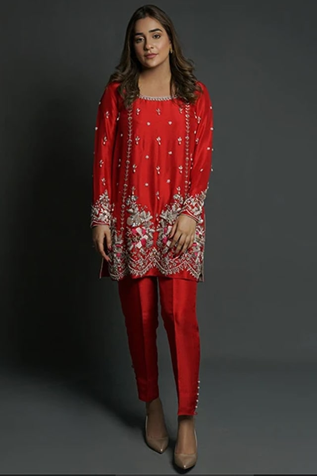 Amazing Mahum Asad Clothing Formal Collection 2020 4 Red Zardozi Scallop Border min