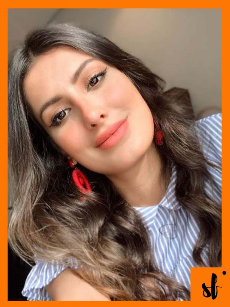 Instagram Blogger Roza is the New Mehwish Hayat Doppelganger 3 lady roza iraq