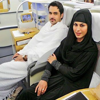 Famous Pakistani Actresses in Hijab shocked us! 15 veena malik min