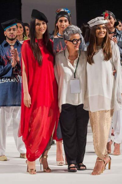 Expensive Fashion Designers in Pakistan 33 Maheen Khan Collection 1