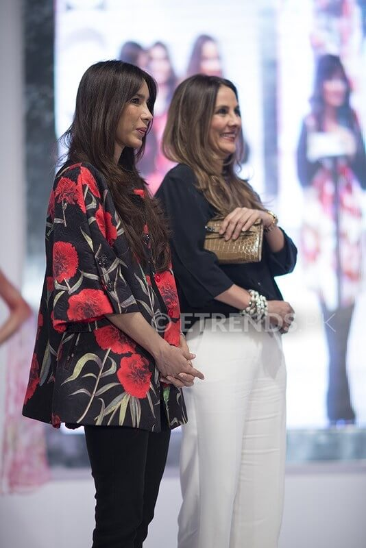 Expensive Fashion Designers in Pakistan 18 Sana Safinaz Biography 1