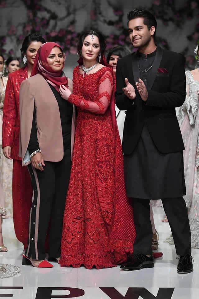 Expensive Fashion Designers in Pakistan 29 Zainab Chottani Wearing Abaya 1