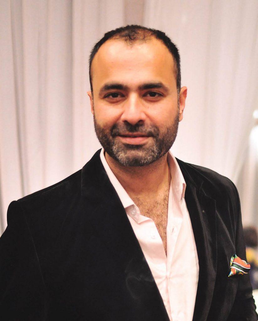 Expensive Fashion Designers in Pakistan 9 deepak perwani biography 1