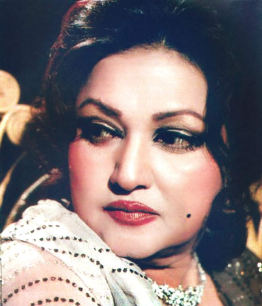 Legendry Old Pakistani Singers who Founded Pakistani Music 3 noor jehan biography