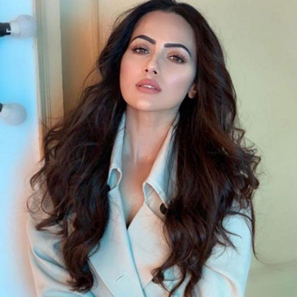 sana khan indian muslim actress