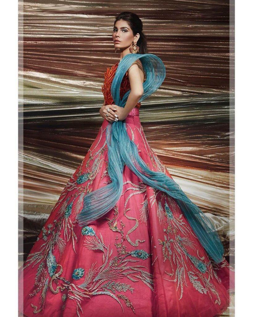amna babar pink dress