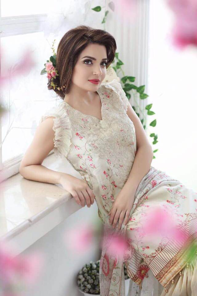 Armeena Rana Khan model and actress