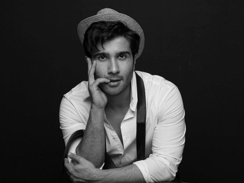 feroze khan latest pics