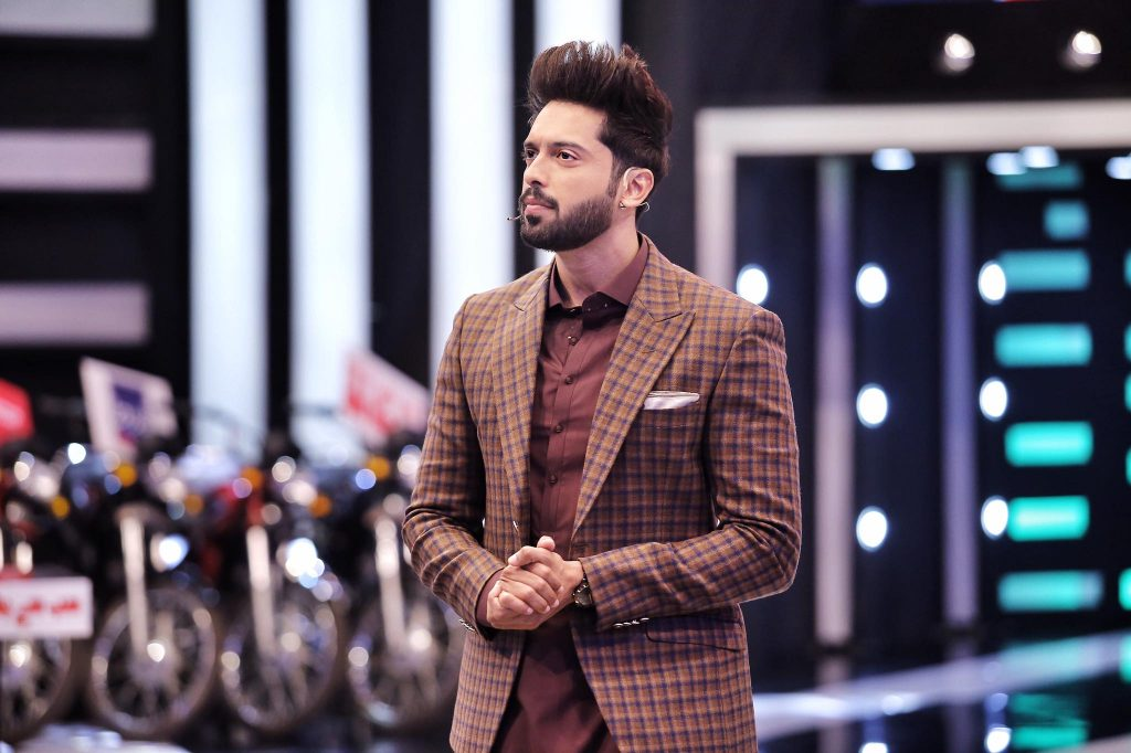 pakistani actor fahad mustafa
