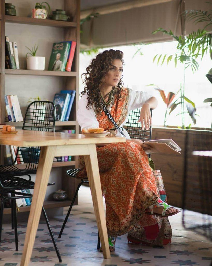 Ayeza Khan in Saree