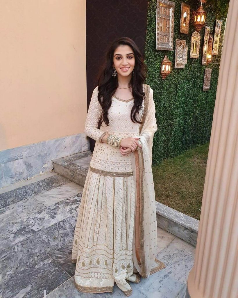 Drama serial Aulaad Cast Hina Javed