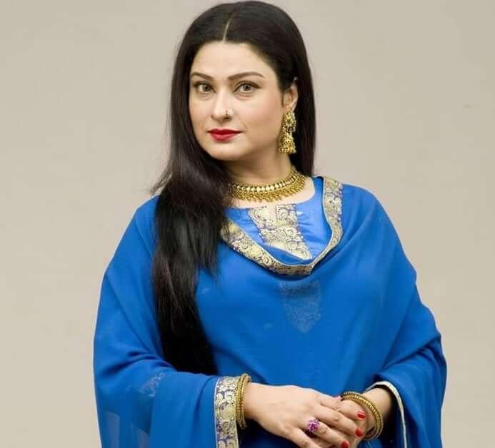 Raqeeb Se Cast Sania Saeed