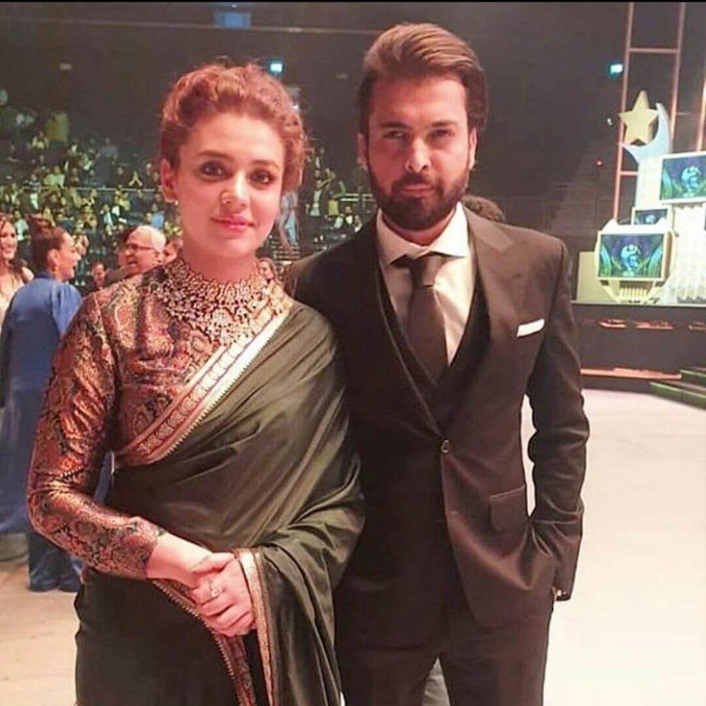 Zara Noor Abbas in Saree
