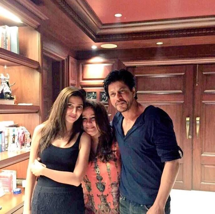 Bollywood Cast - Talented Pakistani Actors in India 136 mahira khan shah rukh khan