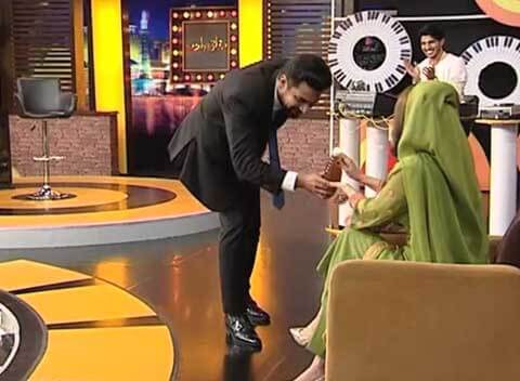 Pakistani comedy talk show Mazaaq Raat